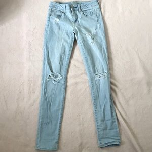 AMERICAN EAGLE skinny jeans (2 pairs) size 2
